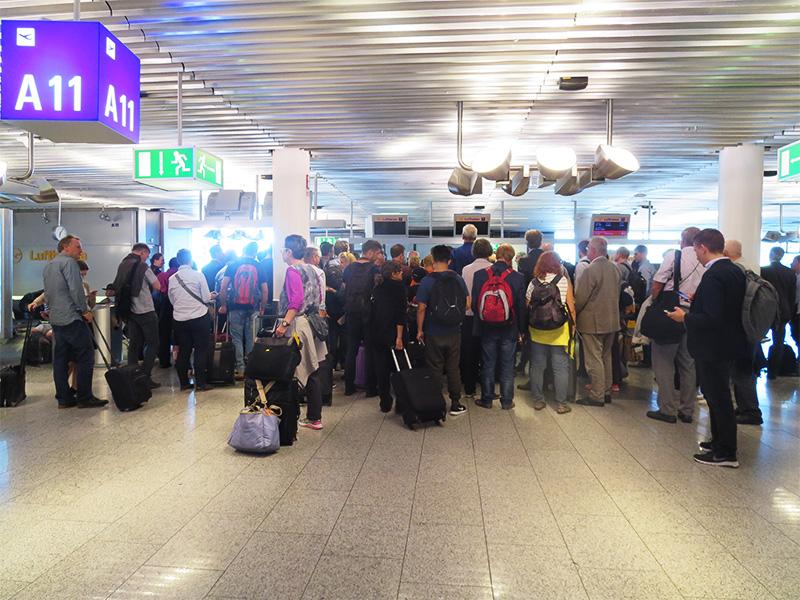 フランクフルト空港乗り継ぎ便の搭乗口